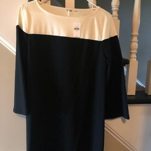 GAP Dresses - Gap Color Block Black/White Dress - Medium, New!